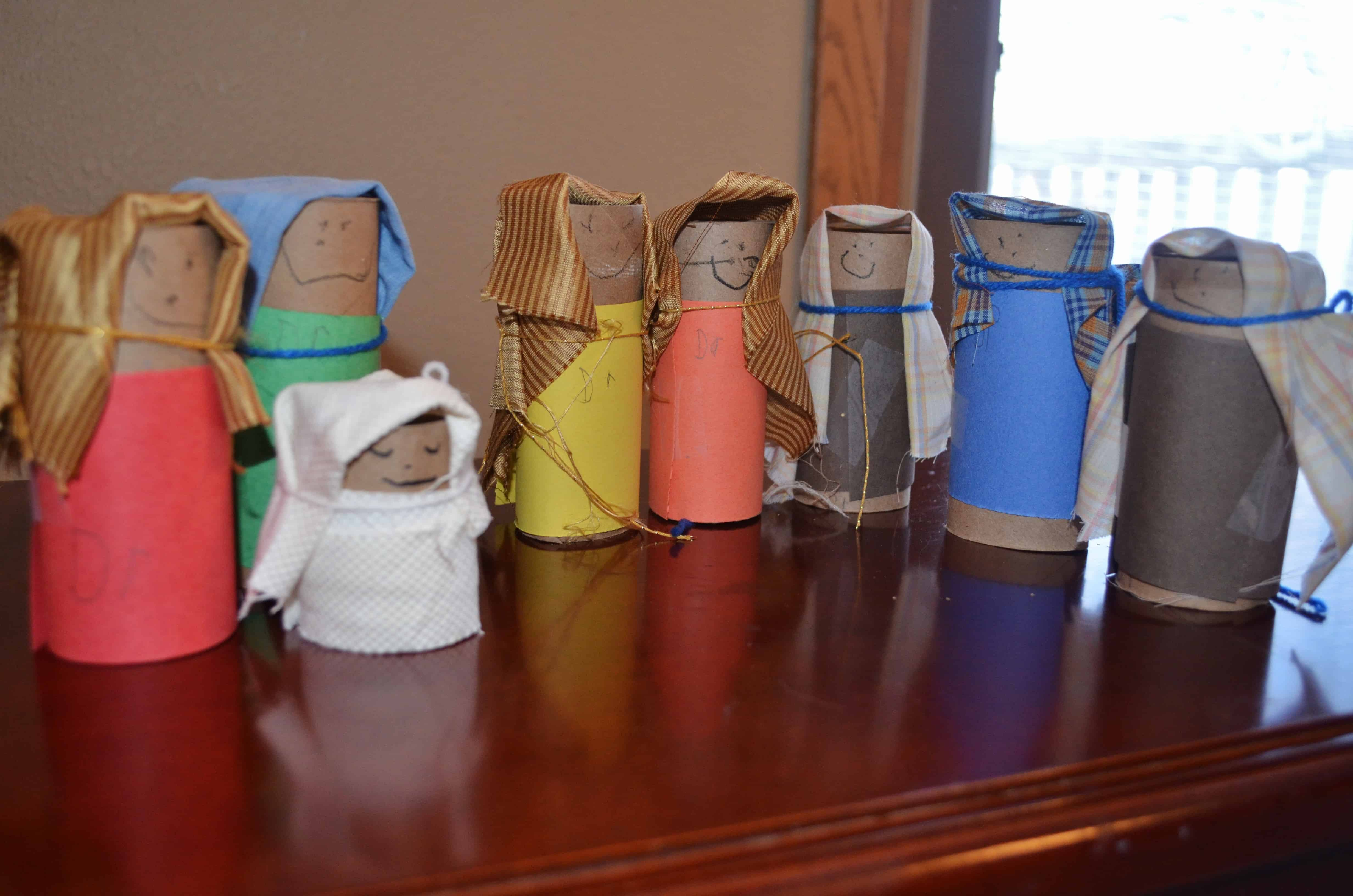 Recycled toilet paper tube nativity craft surviving a for Nativity crafts to make