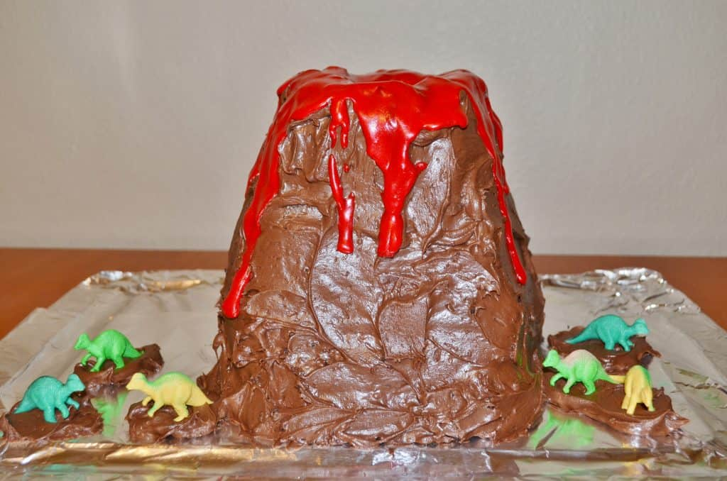 volcano and dinosaur diy cake tutorial