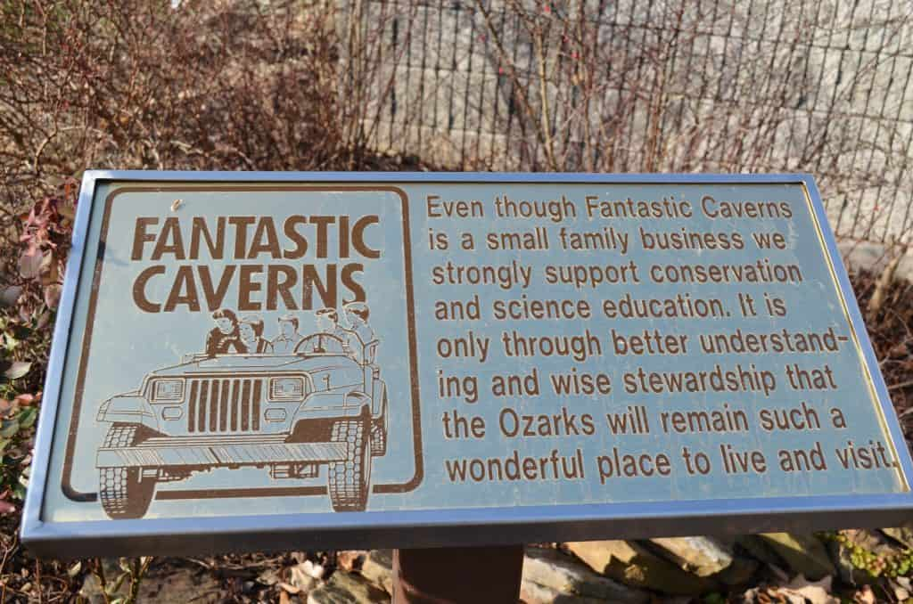 Fantastic Caverns sign in Springfield Missouri