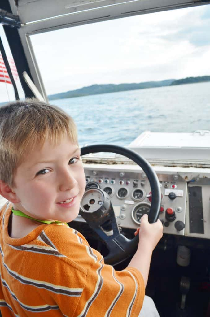 child driving ride the ducks branson MO