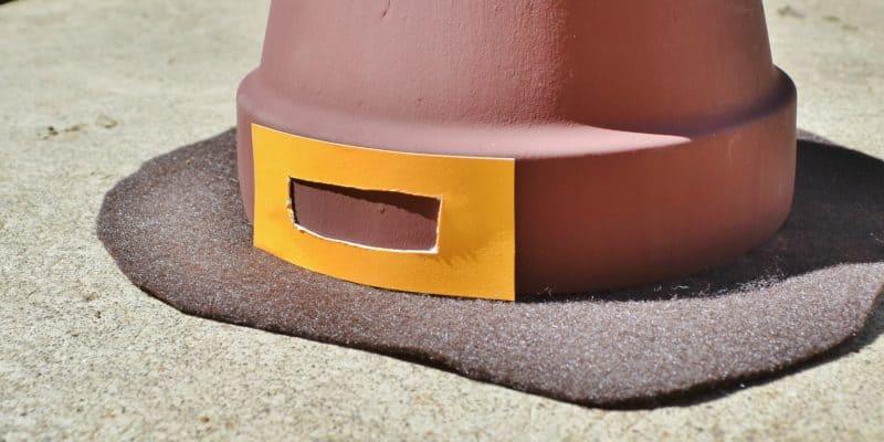Pilgrim's Hat Thanksgiving Terra Cotta Pot Decor