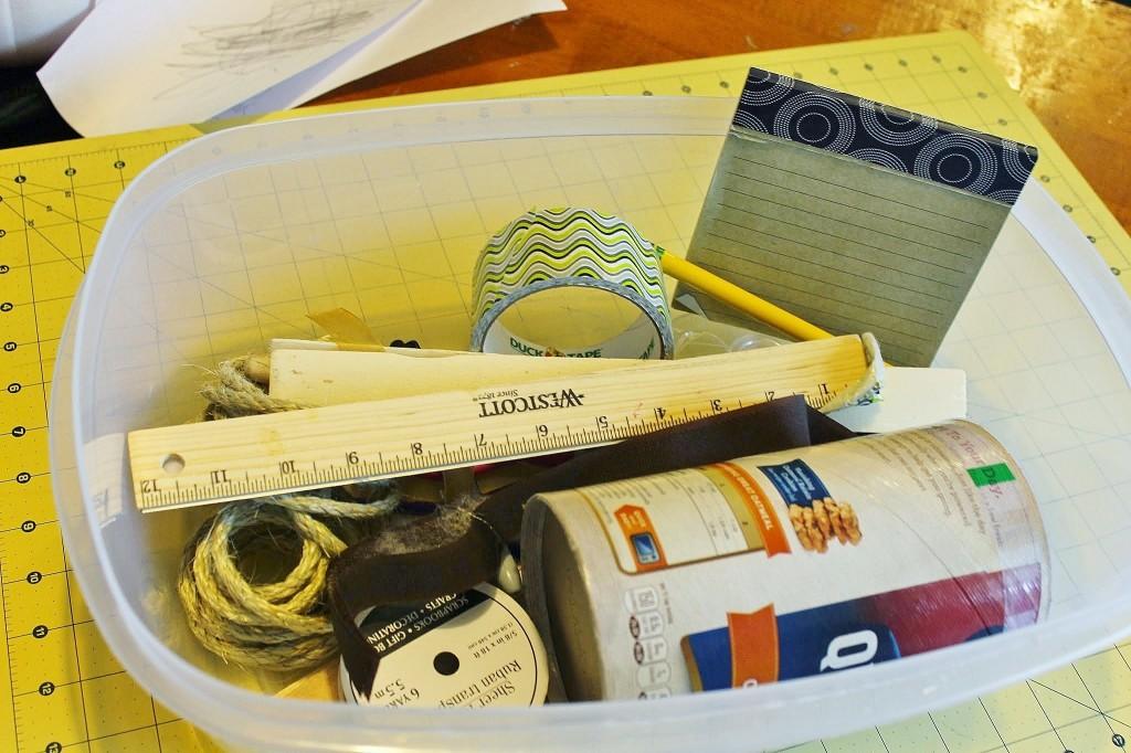 I am Einstein book study invention box