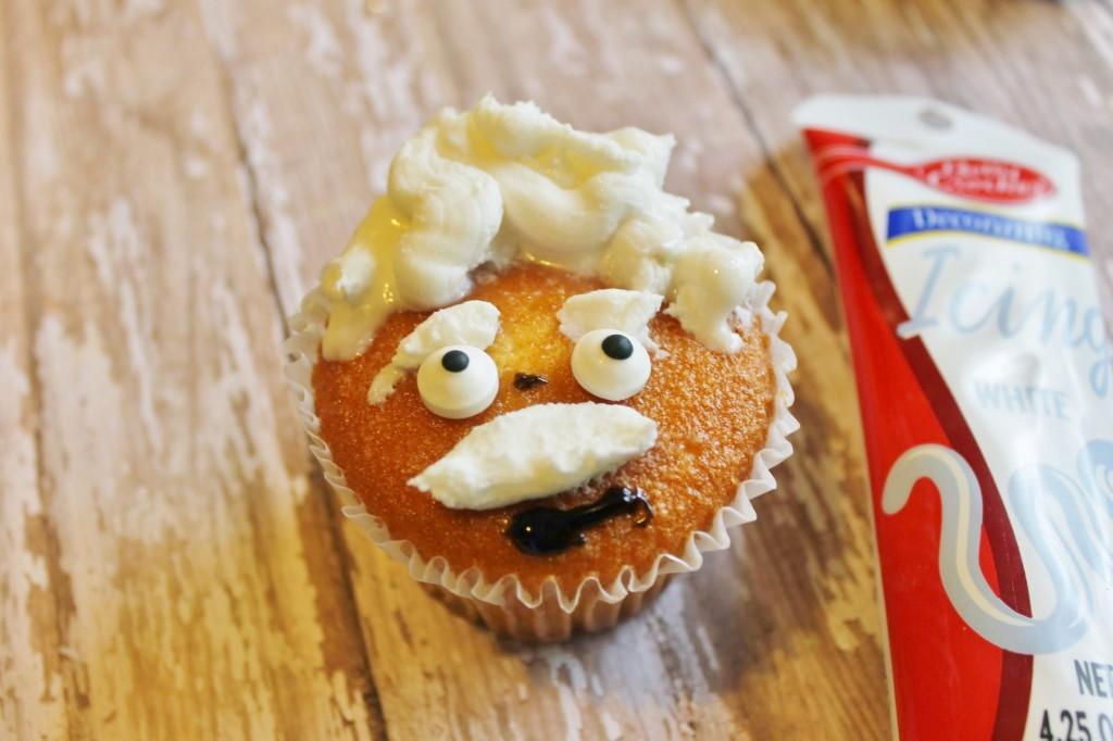 einstein cupcake