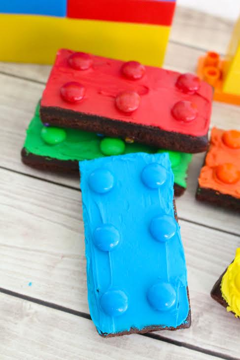 Lego Brownies Kid's Party & Snack Idea