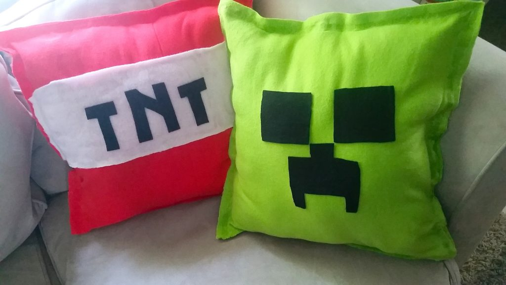 Minecraft Creeper TNT Pillows Tutorial NO SEW