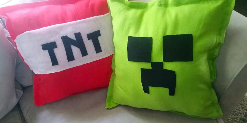 DIY Minecraft Pillows Tutorial NO SEW