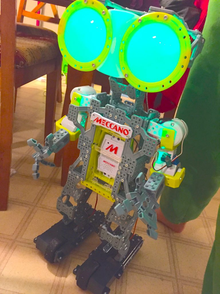Meccano Meccanoid G15 Robot Review - STEM Gift Guide