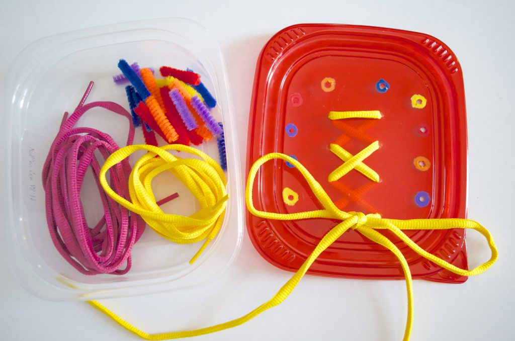 Fine Motor Skills, Color & Math Activity Travel Tub with FREE printable math flashcards
