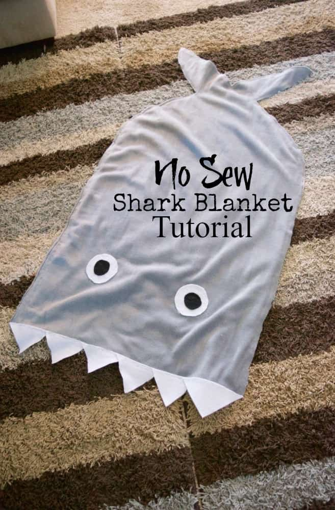 NO SEW Shark Blanket Tutorial