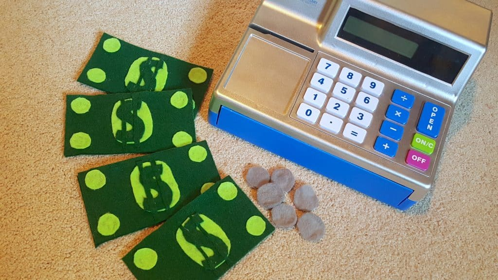 DIY No Sew Felt Money Toddler Math Play Tutorial