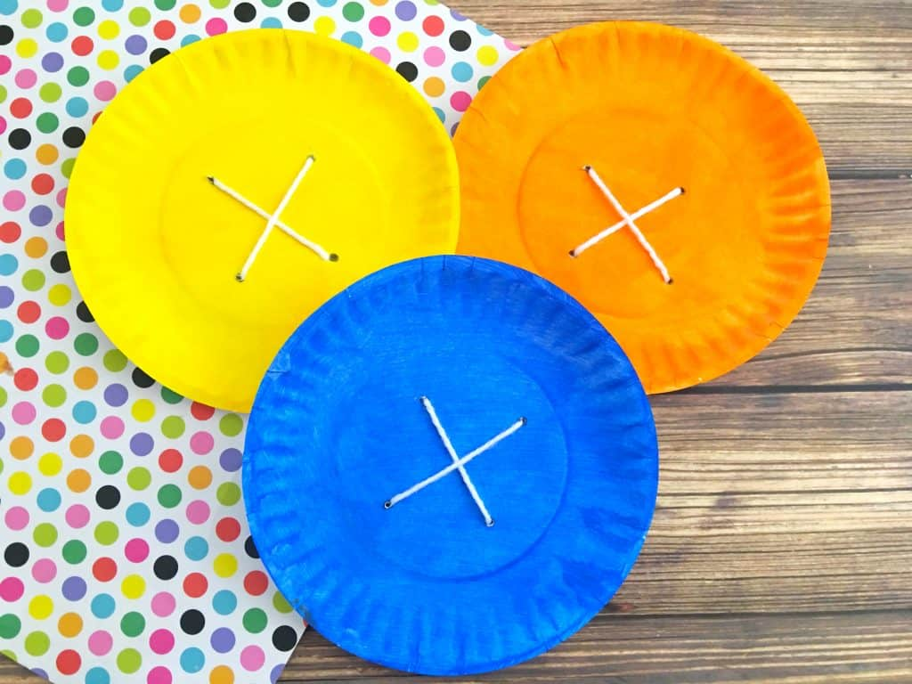 3 colorful button paper plate crafts
