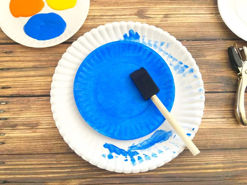 blue painted paper plate craft
