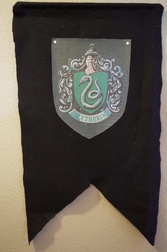 Hogwarts Slytherin Banner
