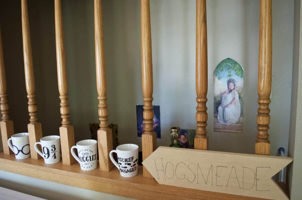 DIY Harry Potter mugs, Hogsmeade sign, and staircase wall art
