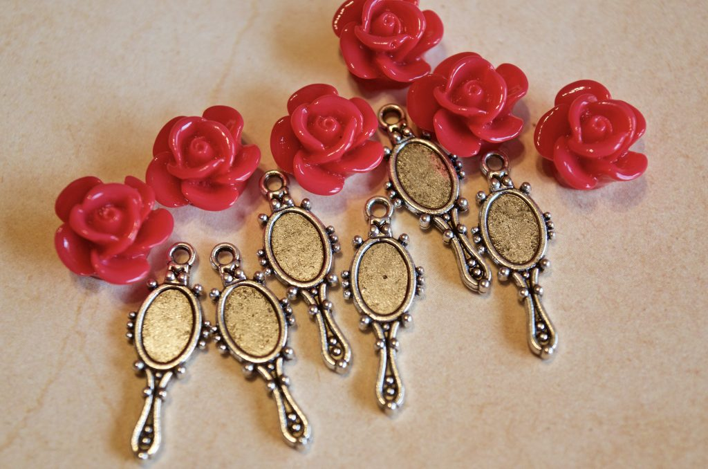 Lovely  Beauty and the Beast Inspired Rose //// Mirror and Teacup Charm Necklace