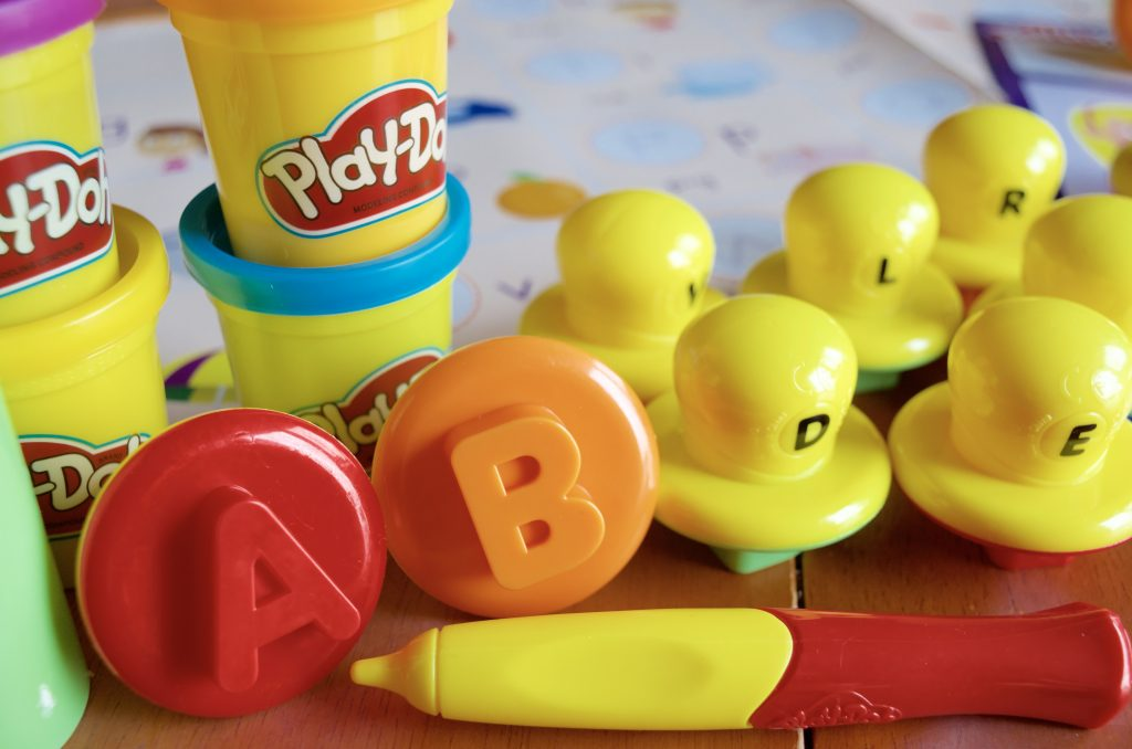 PLAY-DOH Shape and Learn Letters and Language Set for Kids