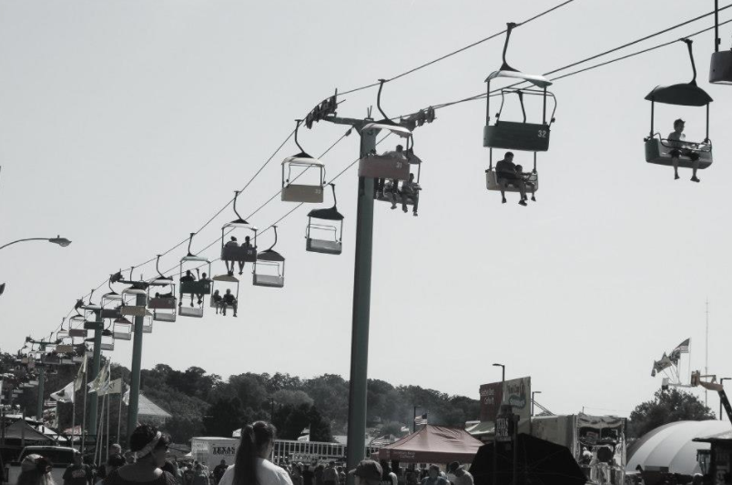Tips to Stay Connected this Summer at Festivals & Fairs
