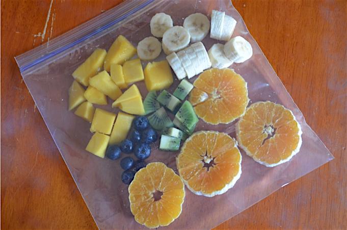 Pre-Pack Frozen Fruit Smoothies Recipe + Entenmann's Little Bites Muffins