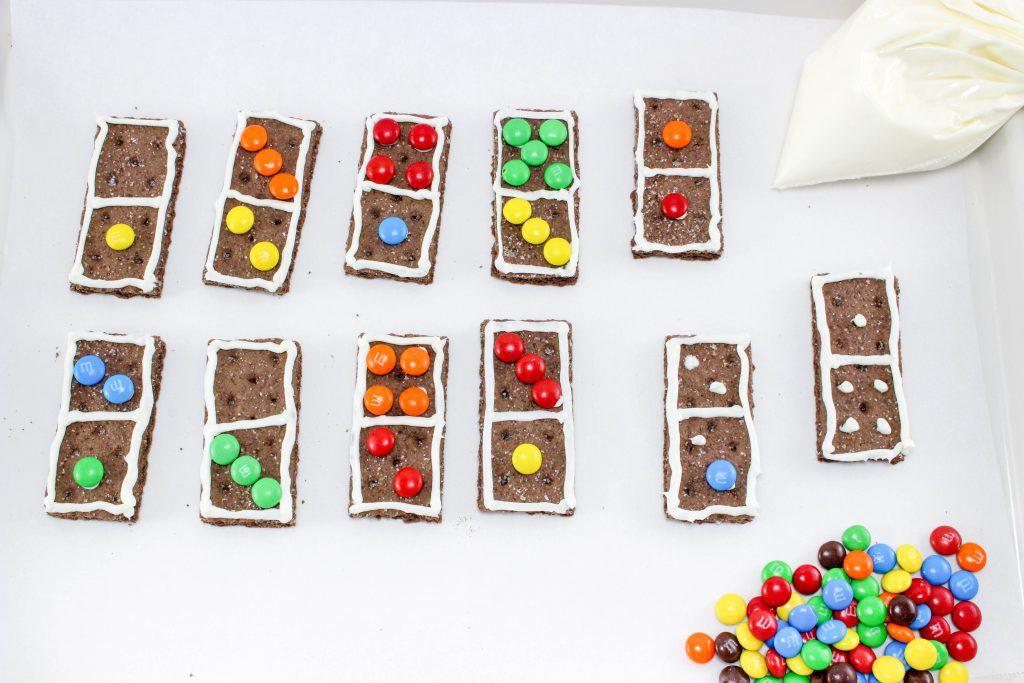 Make Math Fun with Dominoes Graham Crackers Recipe