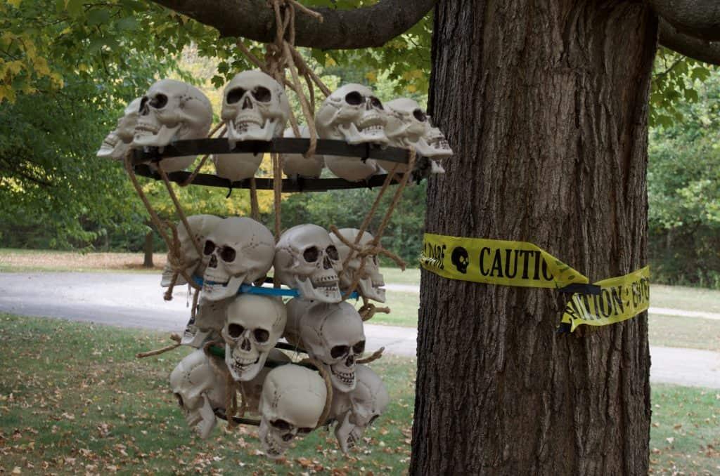 DIY Catacomb Chandelier Halloween Home Decor Tutorial