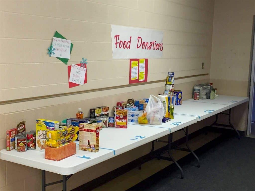 Food Drive Donations Volunteer