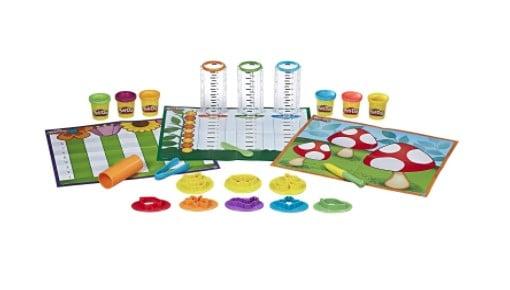 Play-Doh Make and Measure Math set