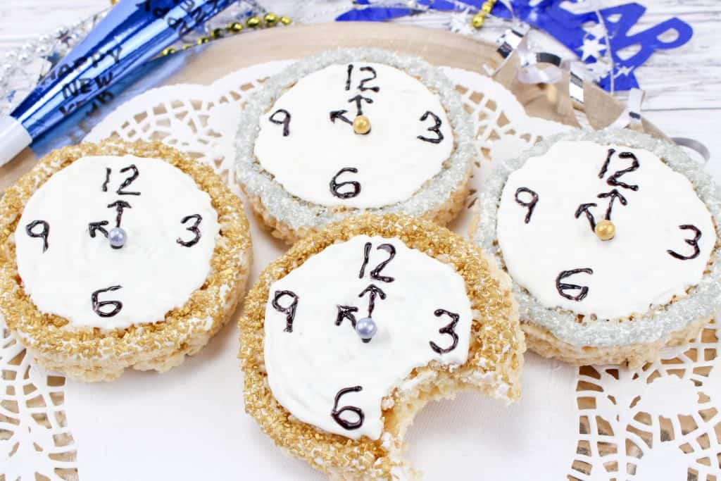 Learn Time with this New Year's Clock Rice Krispy Treat Tutorial