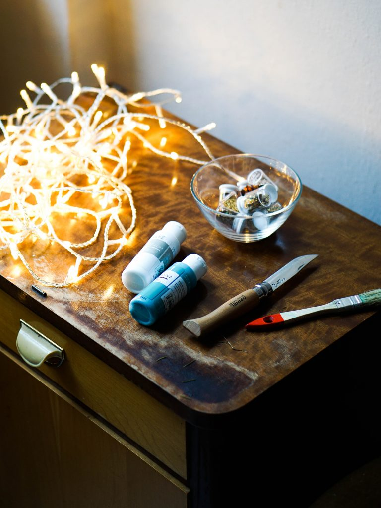 How to Make Your Own DIY Canvas Light Tutorial