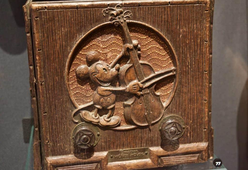vintage wooden mickey mouse radio