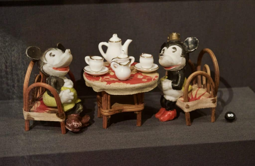 vintage Mickey Mouse mini tea set