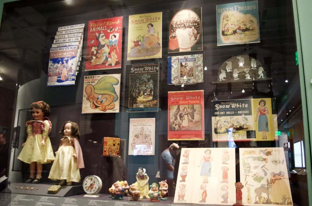 Snow White vintage Disney collection
