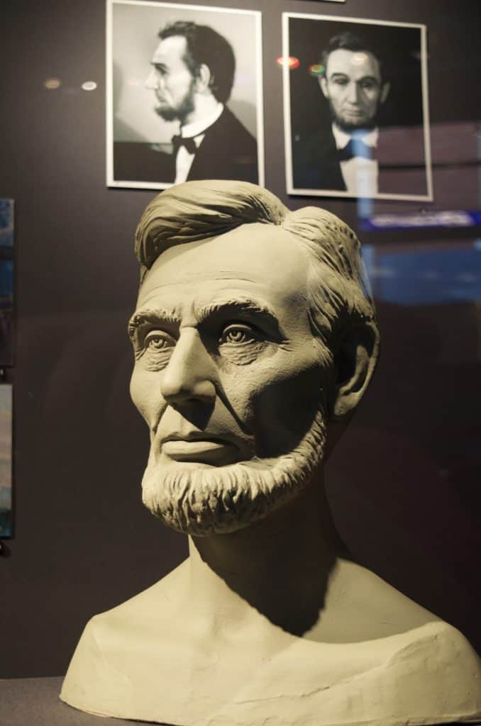 Abraham Lincoln Clay Bust