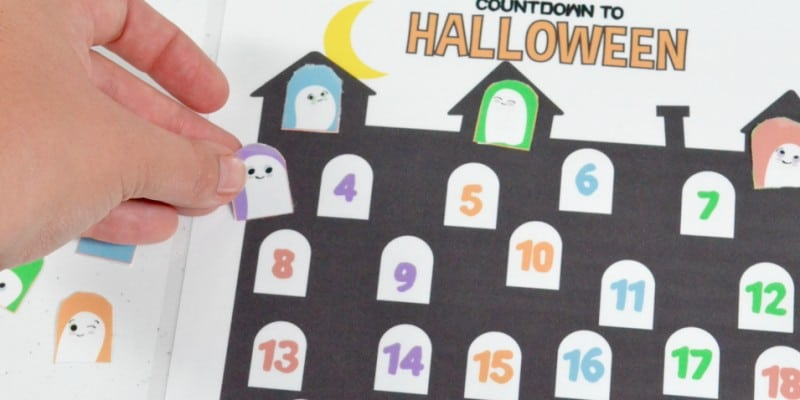 free printable Halloween calendar math activity