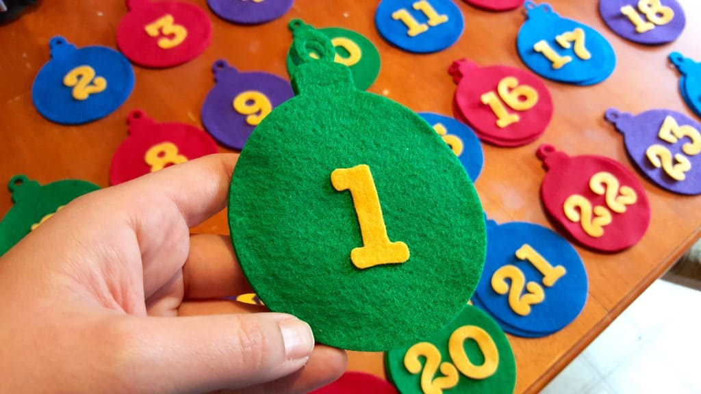 No Sew Felt Ornament Advent Calendar