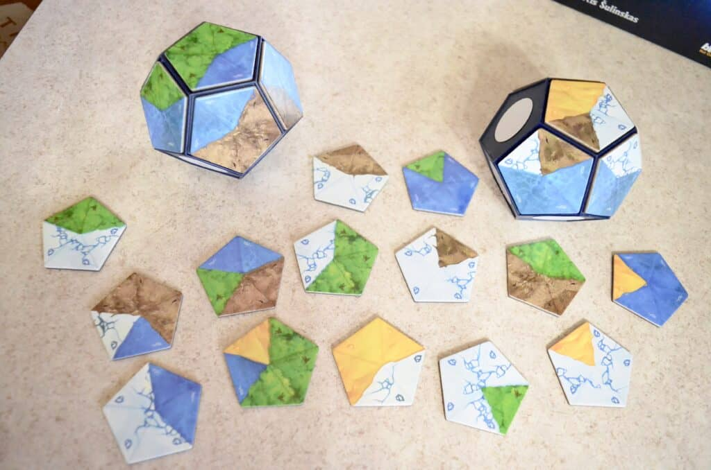 magnetic tiles for planet core game