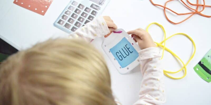 printable preschool lacing card