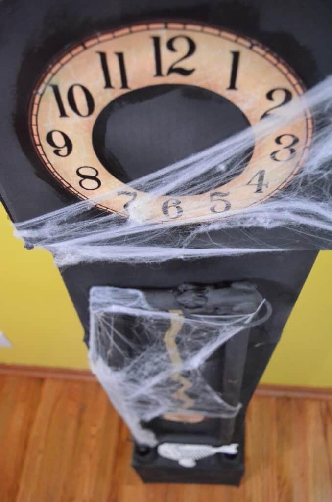 diy halloween clock spooky decor