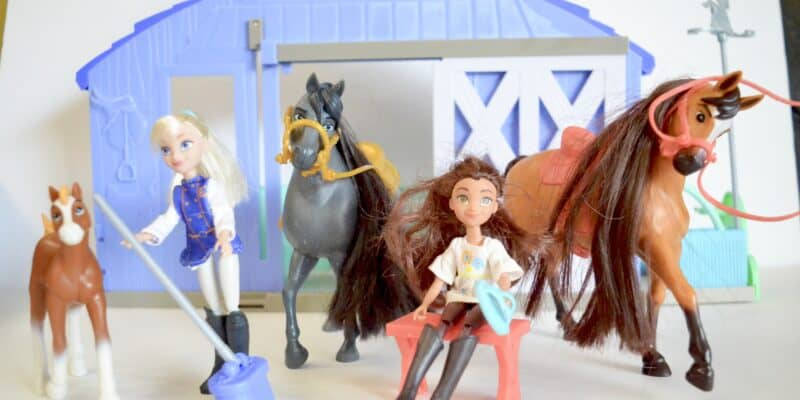 Spirit Riding Free horse stable and toys