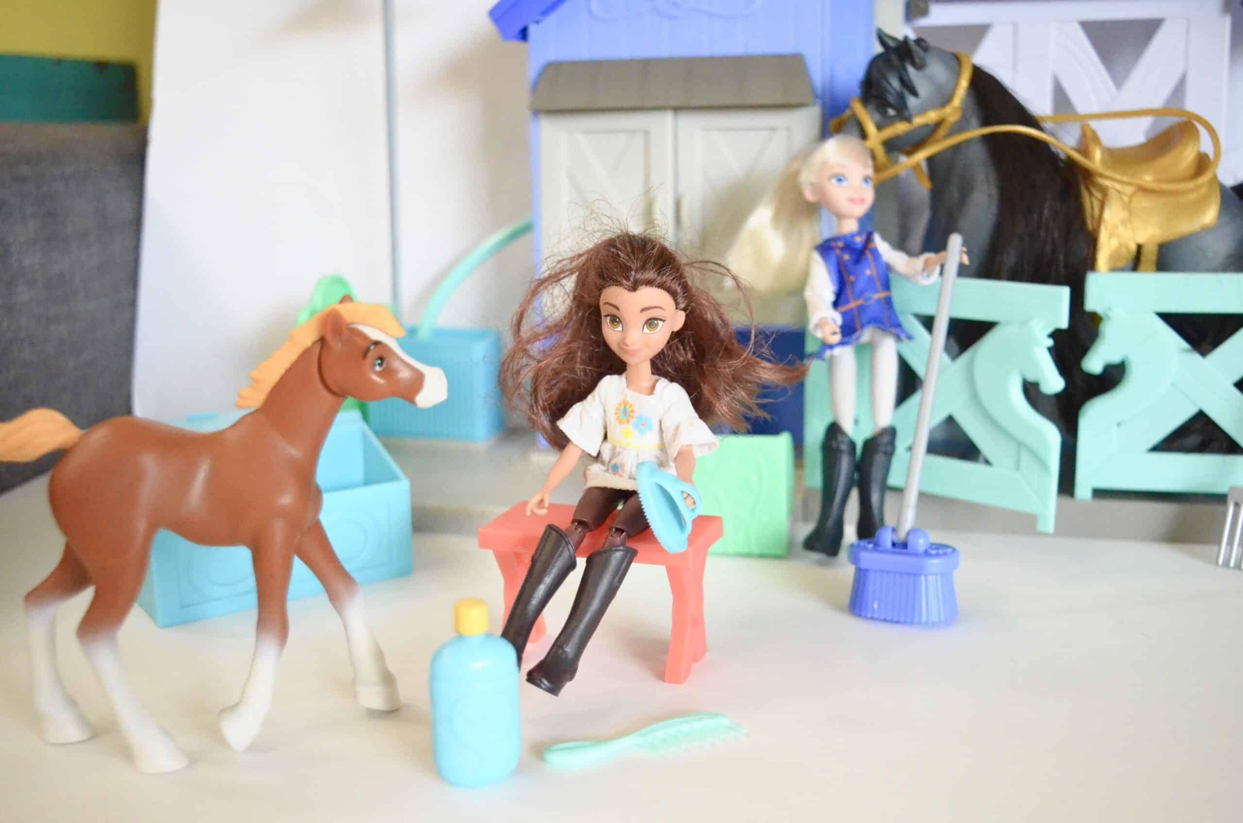 Spirit Riding Free kids toys horse stable