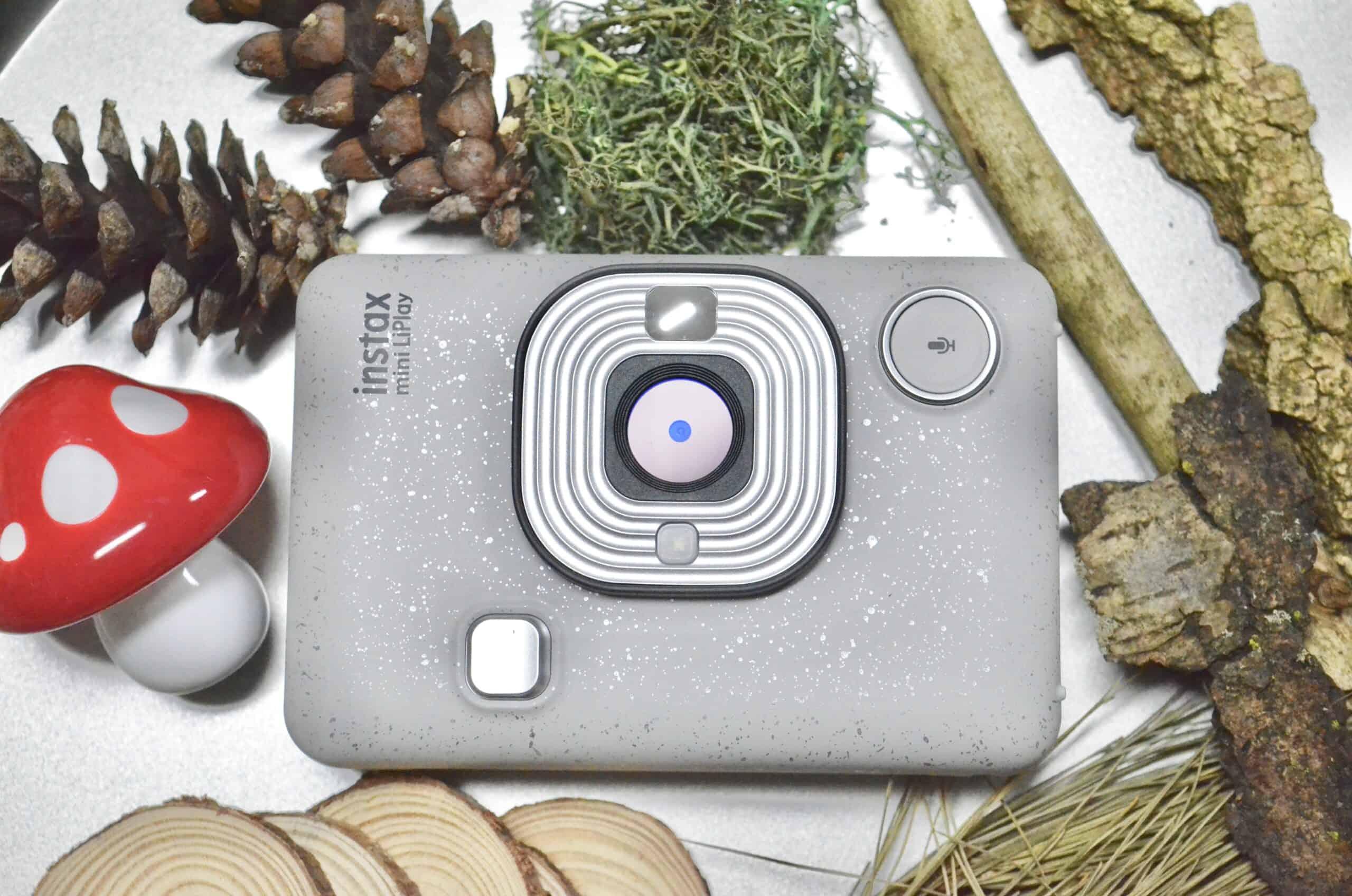 Fujifilm INSTAX mini LiPlay camera