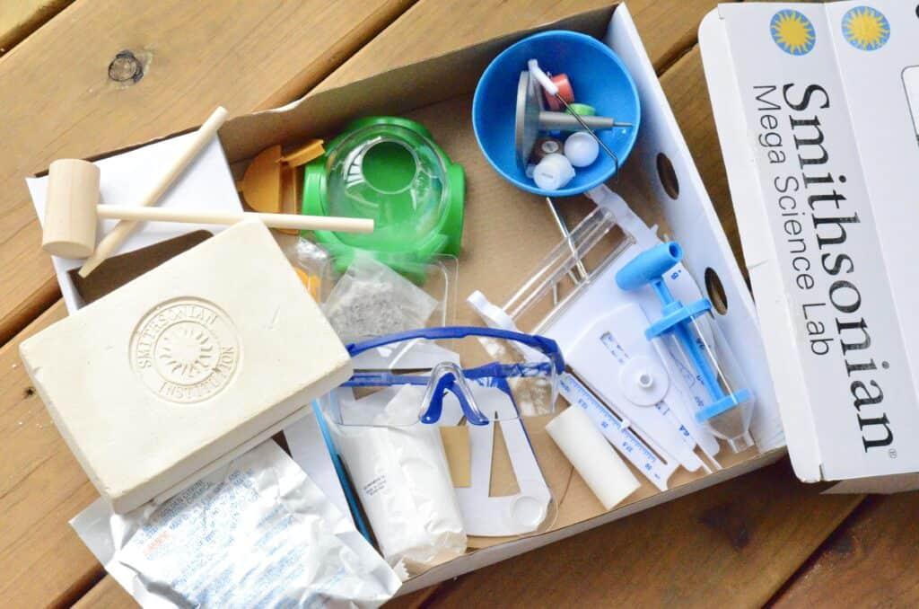 Smithsonian science kit