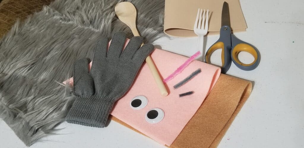 craft supples to make a puppet